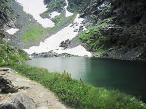 Karakol_Lakes_07